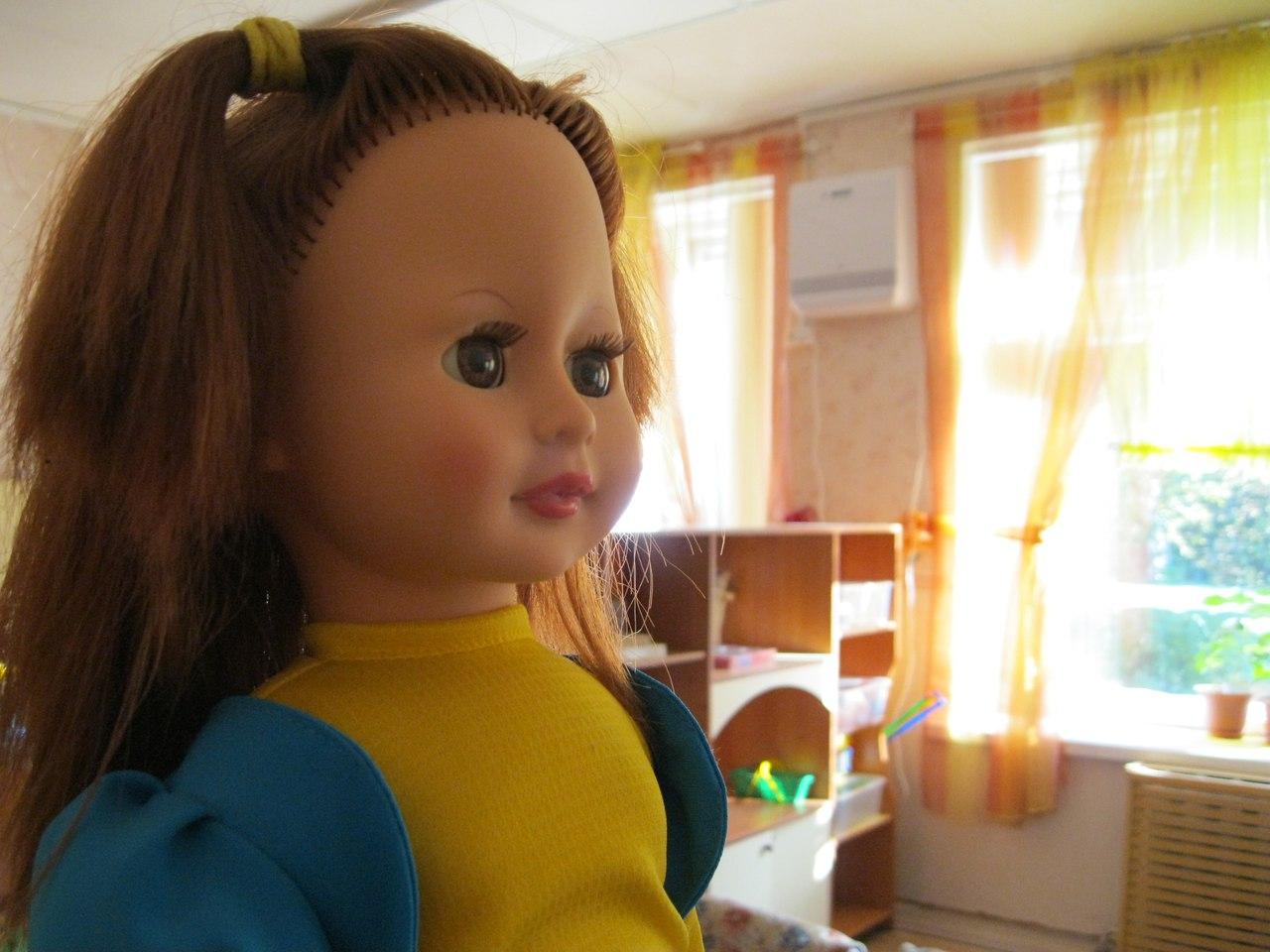 Бризер в детском саду кукла